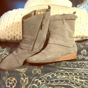 MATT BERNSON Gray Wedge Booties-Size 8.5